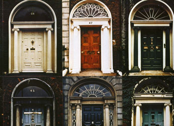 ... Square was typical of the Georgian houses of Dublin and in particular the houses of the Fitzwilliam Estate covering Fitzwilliam Street and Square ... & Irish Landmarks:The Doors of Dublin - World Cultures European