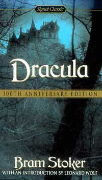a comparison of the novel and film versions of dracula by bram stoker Based on bram stoker's classic 1897 novel, this film from francis ford coppola and  bram stoker's dracula was the winner of  not in comparison to.